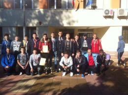Отборите на ПГМЕТ спечелиха общинските футболни турнири - Изображение 1