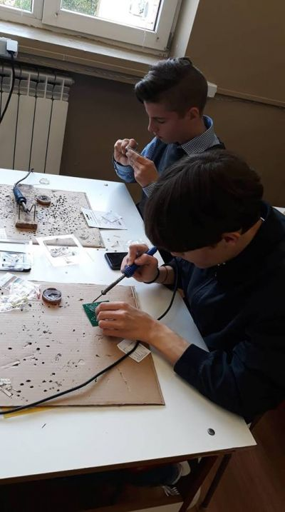 На 25 април Професионална гимназия по механоелектротехника отбеляза своята 59 годишнина - Изображение 6